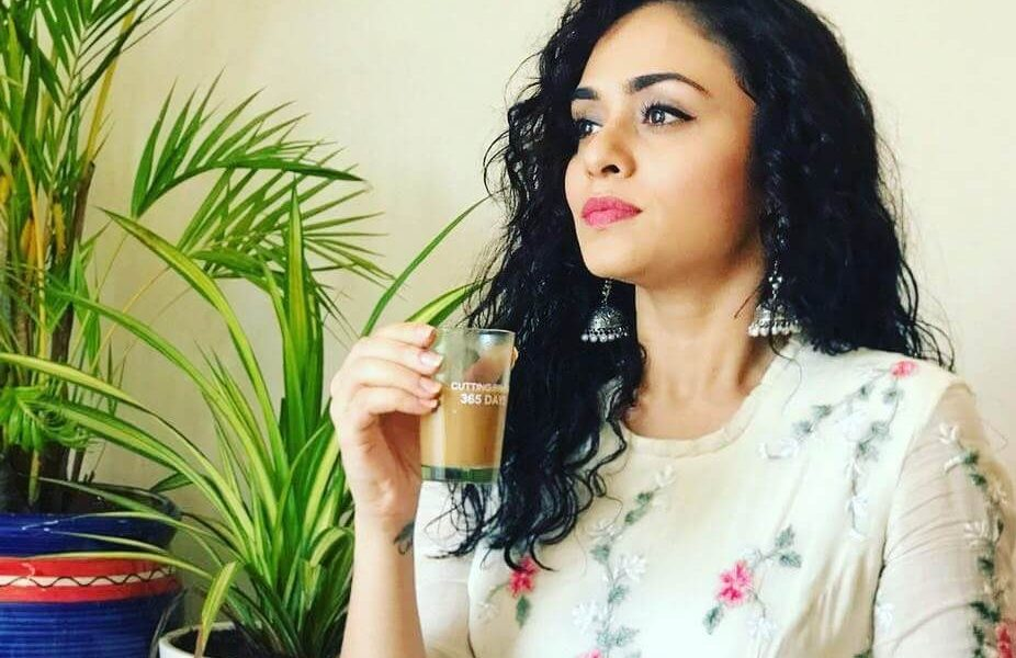 Amruta Khanvilkar Wiki, Biography, Age, Family, Movies, Images