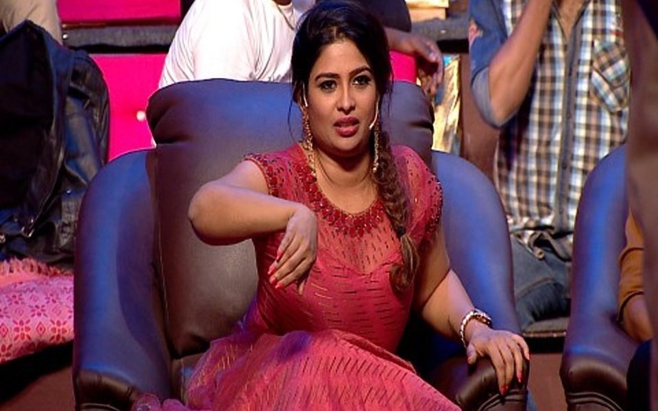 Anchor Maheswari Wiki, Biography, Age, Movies, TV Shows, Images
