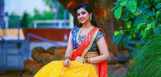 Anchor Shyamala Wiki, Biography, Age, TV Shows, Images