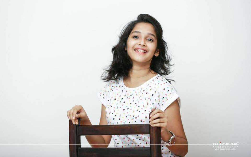 Anikha Surendran Wiki, Biography, Age, Family, Movies, Videos, Images
