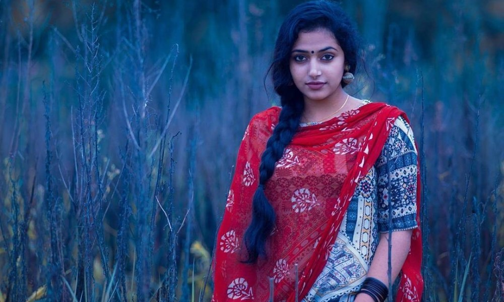 Anu Sithara Wiki, Biography, Age, Movies List, Family, Images