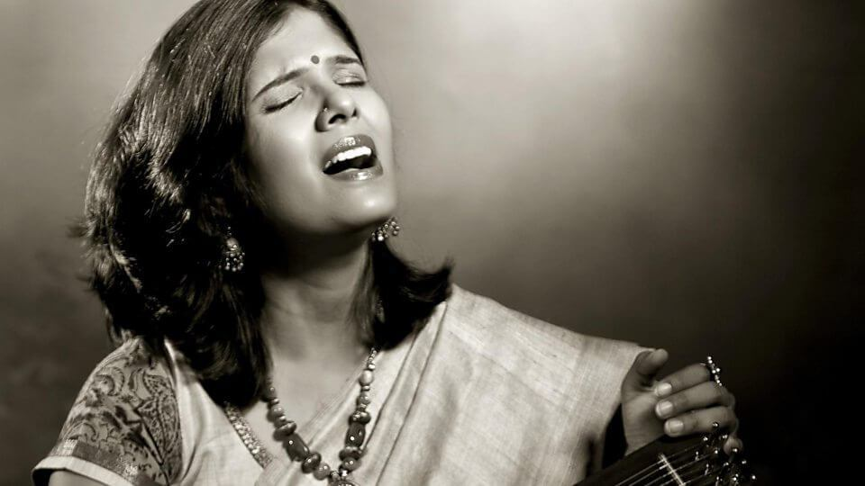 Anuradha Sriram Wiki, Biography, Age, Husband, Songs, Videos, Images and More