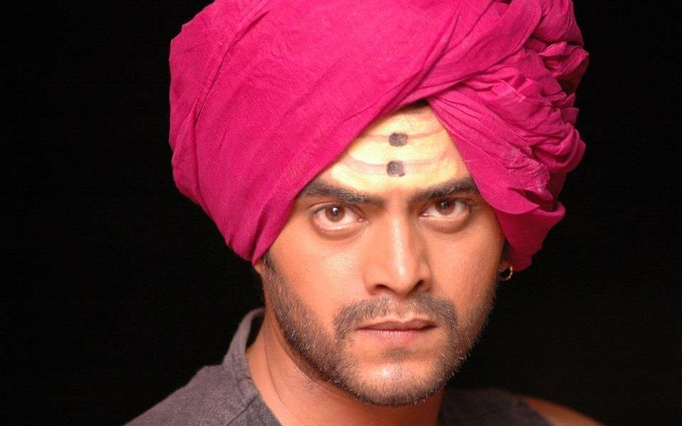 Astad Kale Wiki, Biography, Age, Family, Bigg Boss, Images