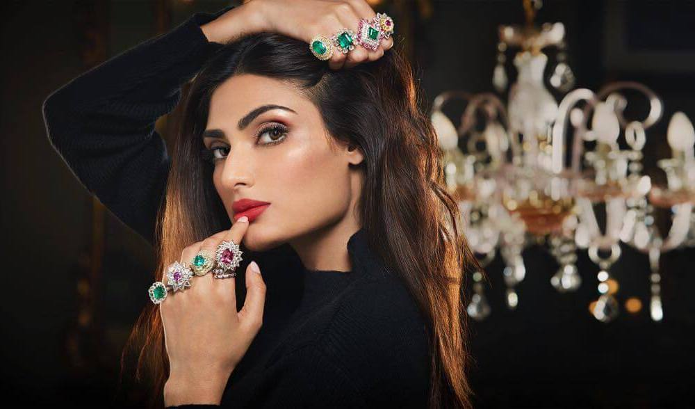 Athiya Shetty Wiki, Biography, Age, Movies, Family, Images