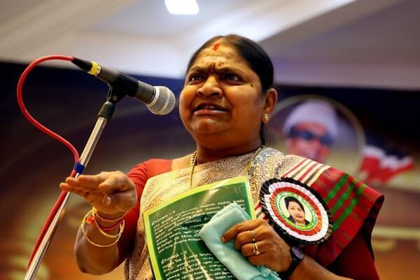 B. Valarmathi Wiki, Biography, Age, Caste, AIADMK Party, Details