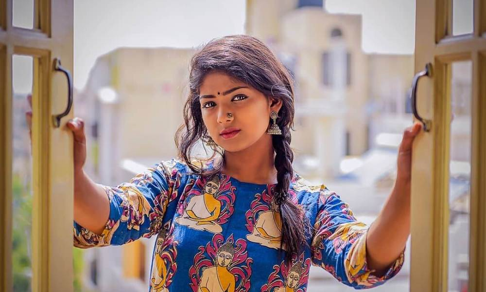 Bhoomi Shetty Wiki, Bigg Boss 7, Biography, Age, Movies, Images & More