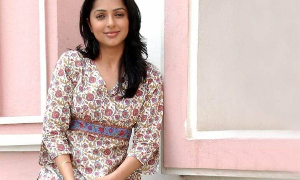 Bhumika Chawla Wiki, Biography, Age, Movies, Family, Images
