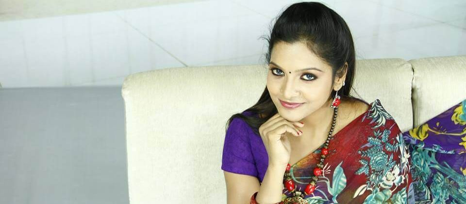 Chitra aka Chithu VJ Wiki, Biography, Age, Serials, Movies, Images