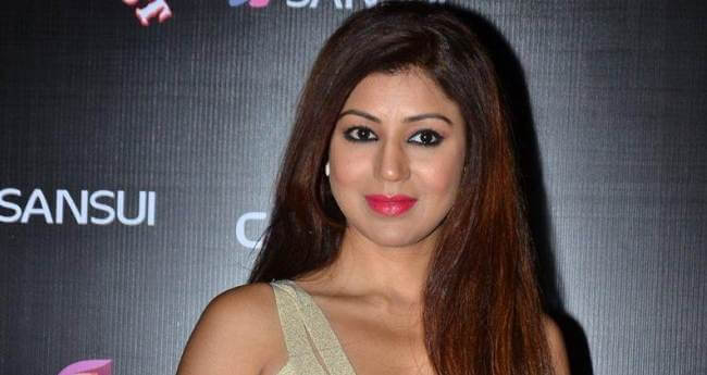 Debina Bonnerjee Wiki, Biography, Age, Husband, Serials, Movies, Images