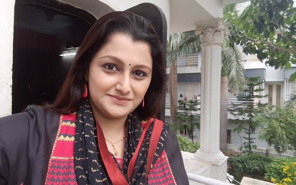 Dr. Sharmila Wiki, Biography, Age, Family, Serials, Images