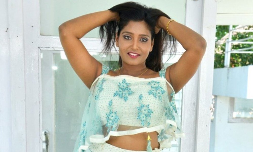 Eesha Chamundi Wiki, Biography, Age, Movies, Images