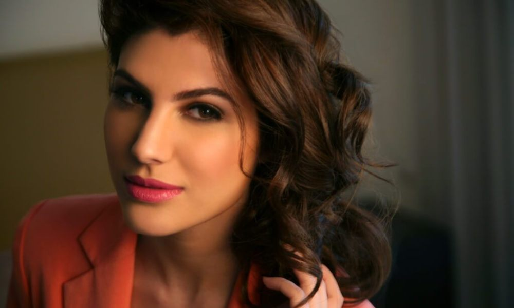 Elnaaz Norouzi Wiki, Biography, Age, Movies, Images