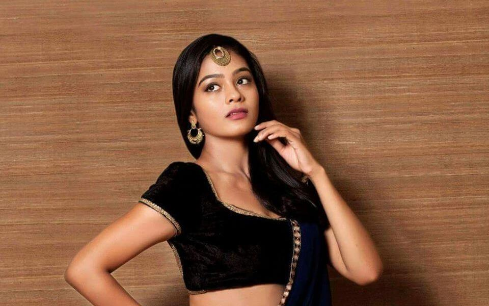 Gayathrie Wiki, Biography, Age, Movies, Images