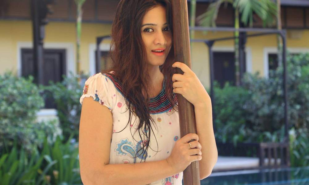 Harshika Poonacha Wiki, Biography, Age, Family, Movies, Images