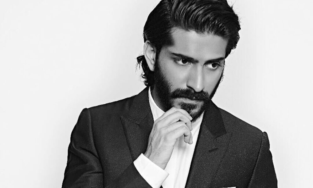 Harshvardhan Kapoor Wiki, Biography, Age, Family, Movies, Images
