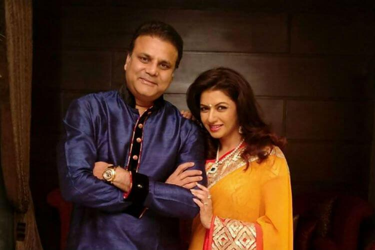 Himalaya Dasani (Bhagyashree husband) Wiki, Biography, Age, Family, Images