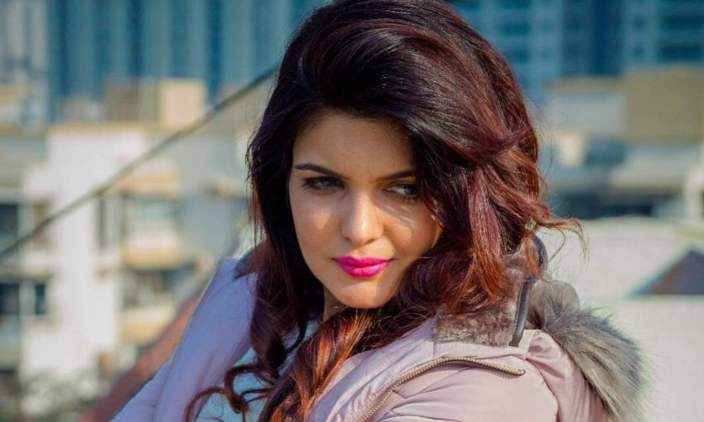 Ihana Dhillon Wiki, Biography, Age, Movies, Family, Images