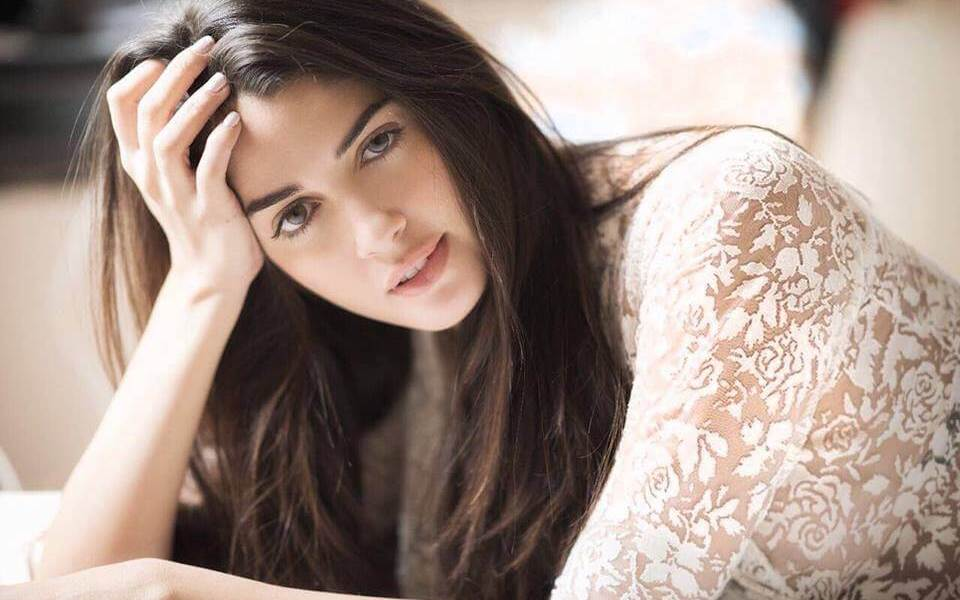 Izabelle Leite Wiki, Biography, Age, Movies, Images
