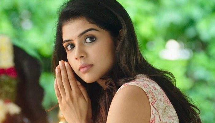Kalyani Priyadarshan Wiki, Biography, Age, Movies, Boy Friend