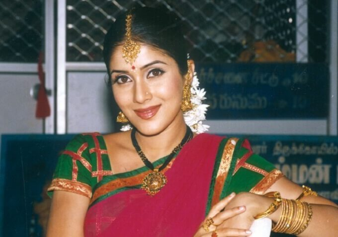 Keerthi Reddy Wiki, Biography, Age, Family, Movies, Images