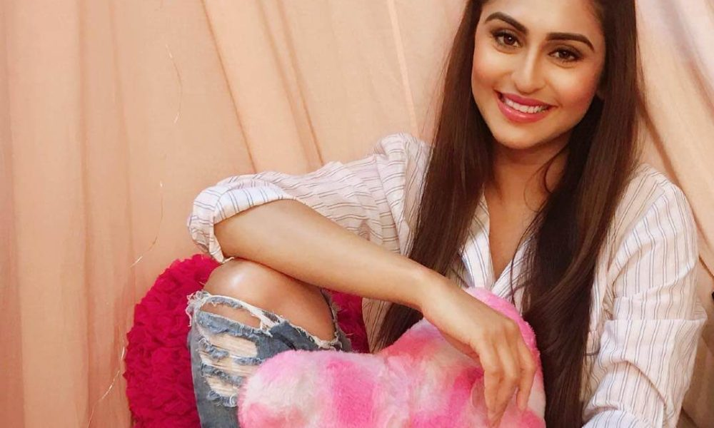 Krystle D'Souza Wiki, Biography, Age, TV Serial, Family, Images