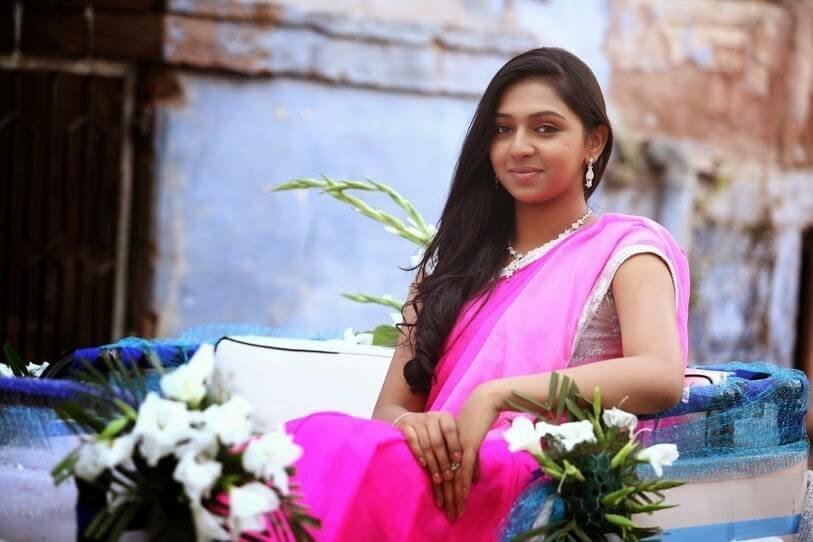 Lakshmi Menon Wiki, Biography, Age, Movies, Family, Images