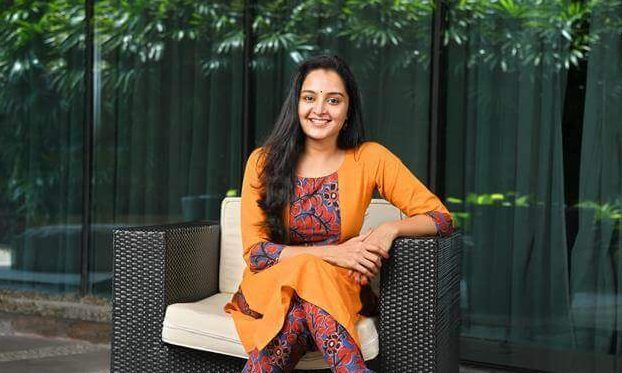 Manju Warrier Wiki, Biography, Age, Movies List, Family, Images