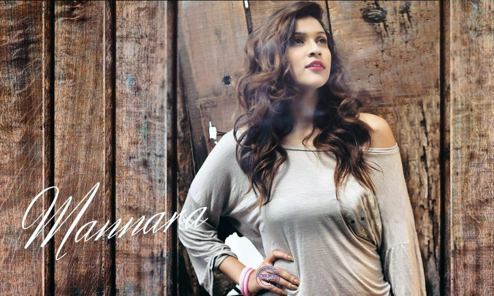 Mannara Chopra Wiki, Biography, Age, Movies, Family, Images