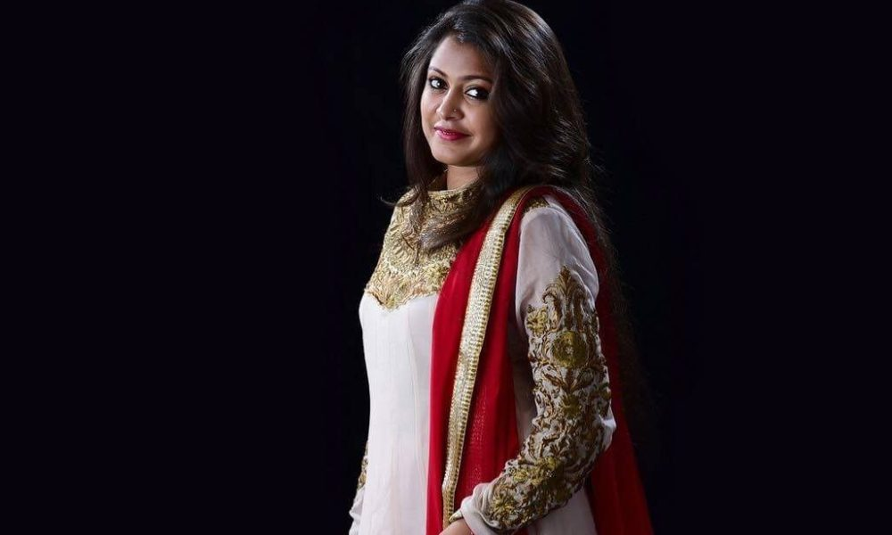 Meera Nair Wiki, Biography, Age, Movies, Family, Images