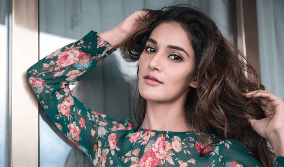 Mukti Mohan Wiki, Biography, Age, Movies, Images, Videos