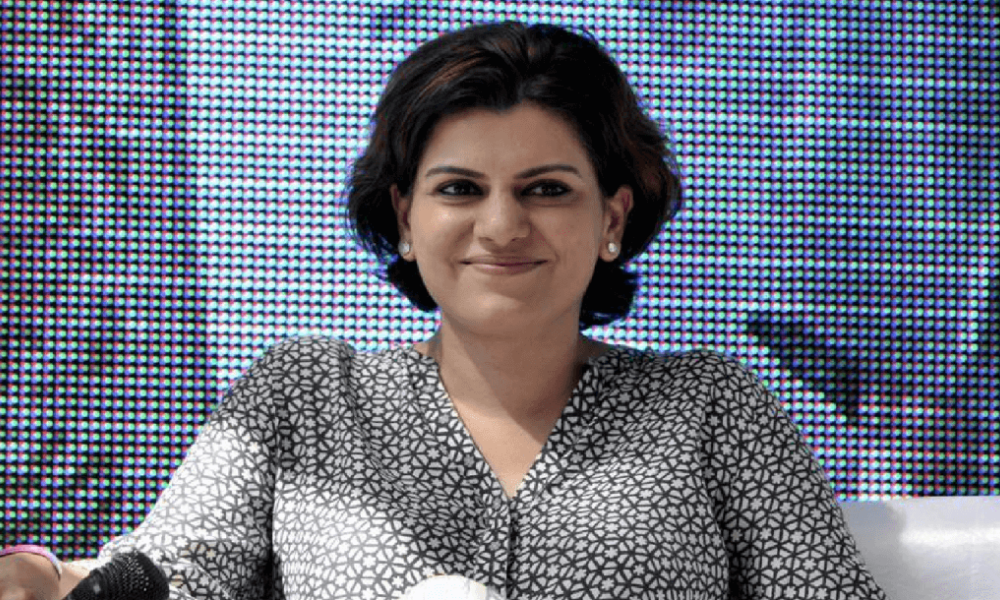 Nidhi Razdan Wiki, Biography, Age, NDTV, Images