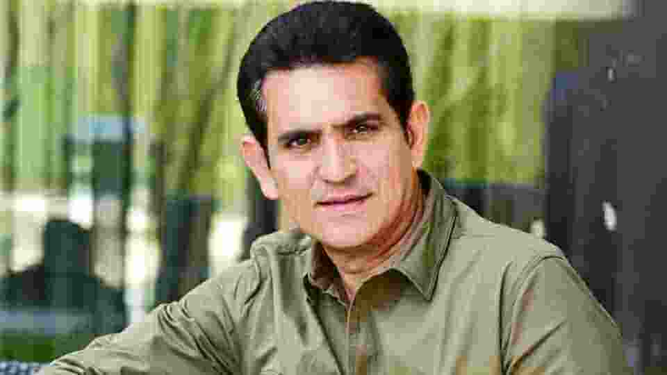 Omung Kumar Wiki, Biography, Age, Movies, Family, Images