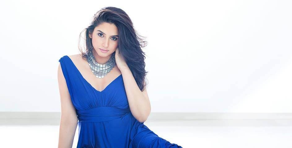 Ragini Dwivedi Wiki, Biography, Age, Family, Movies, Images