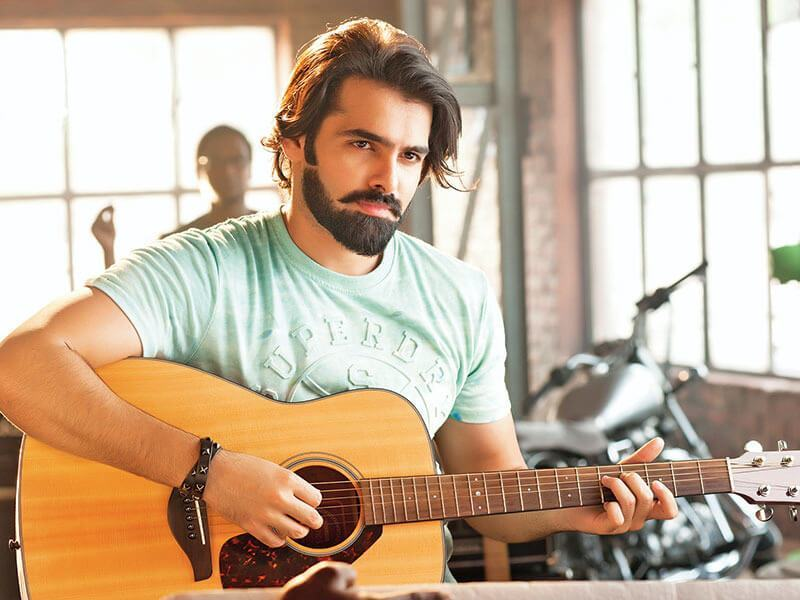 Ram Pothineni Wiki, Biography, Age, Movies List, Family, Images