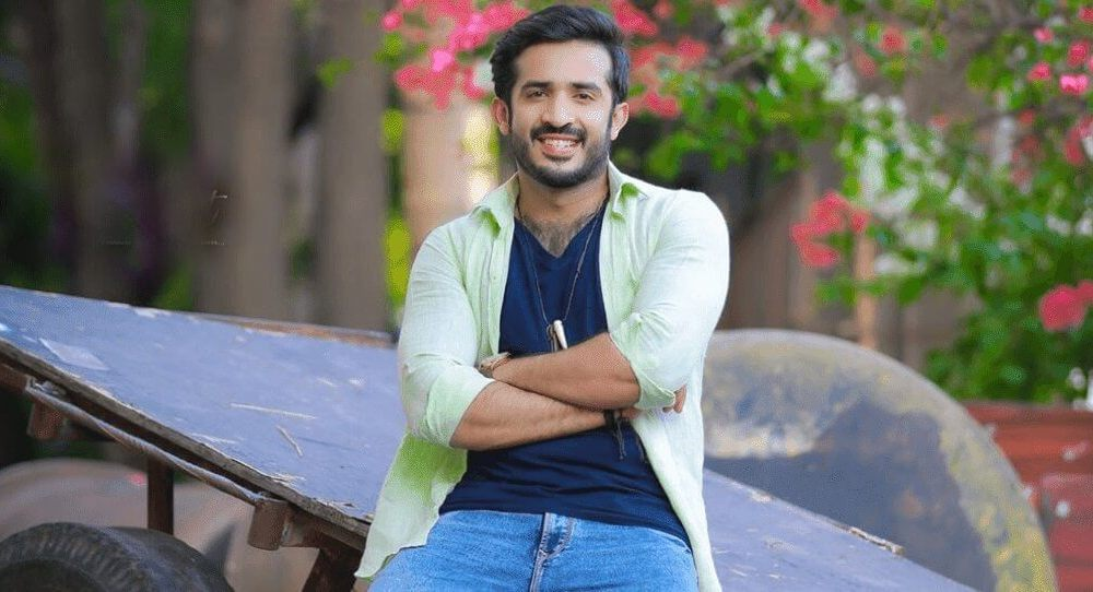 Ravi (TV Anchor) Wiki, Biography, Age, Movies, Images & More