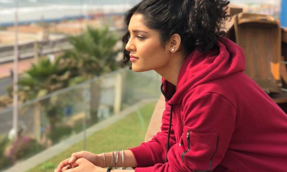 Ritika Singh Wiki, Biography, Age, Movies, Family, Images
