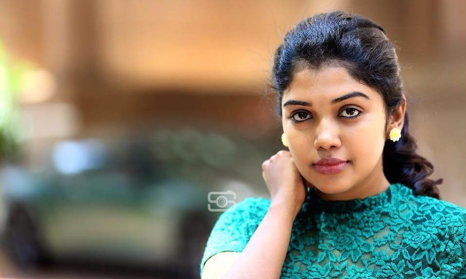 Riythvika Wiki, Biography, Age, Profile, Husband, Movies, Images