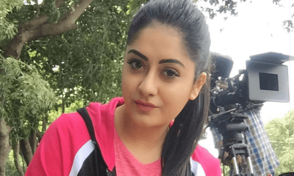 Ronica Singh Wiki, Biography, Age, Movies, Images