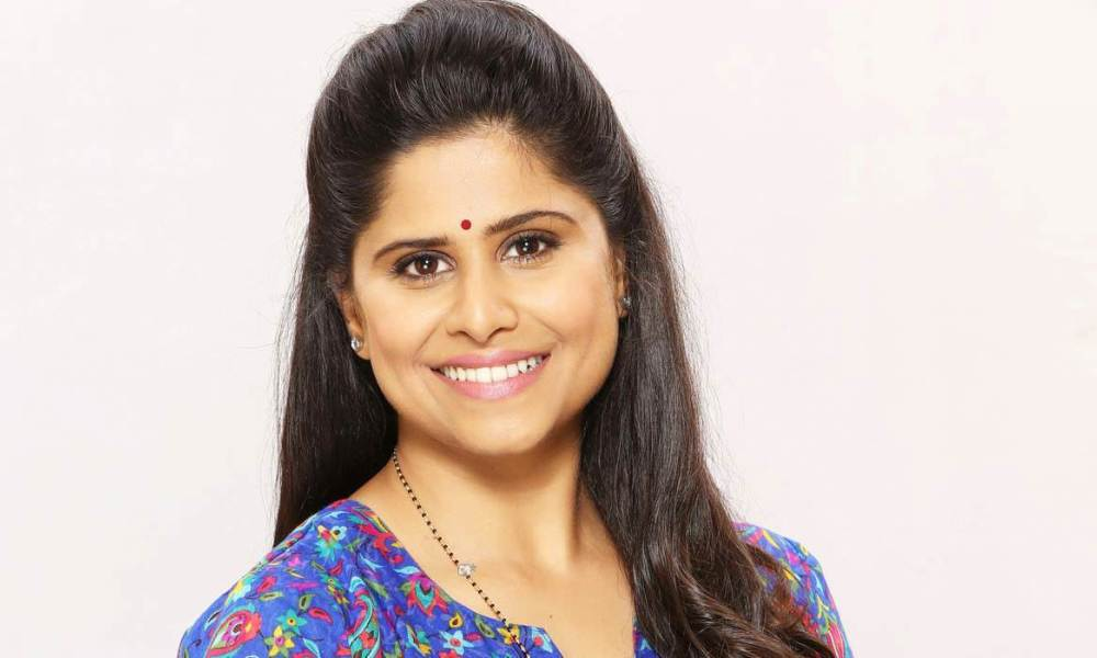 Sai Tamhankar Wiki, Biography, Age, Movies List, Family, Images