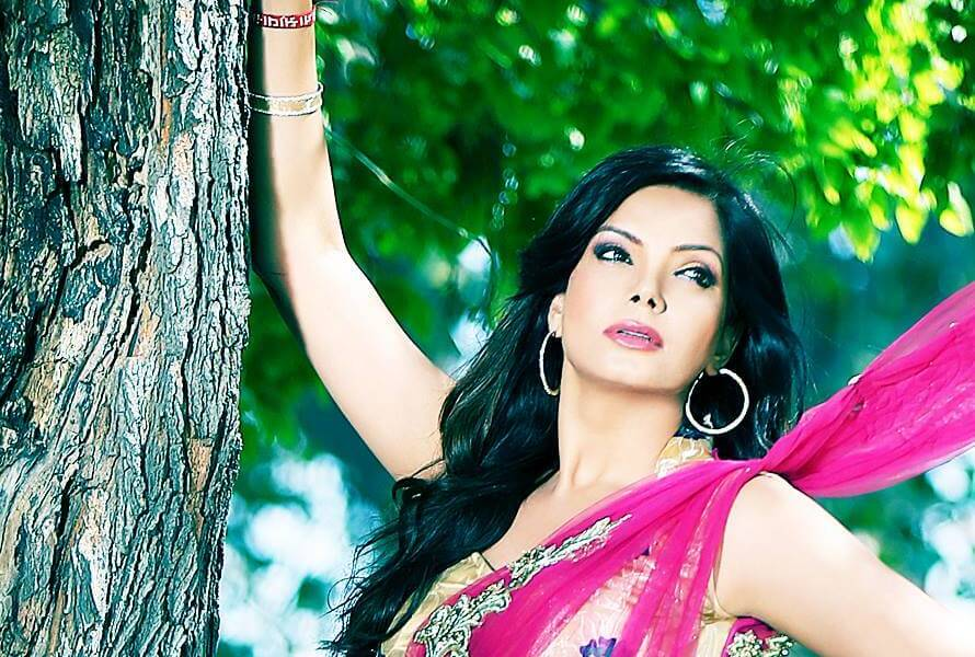 Satinder Satti Wiki, Biography, Age, Movies, Songs, TV Shows, Family, Images & More