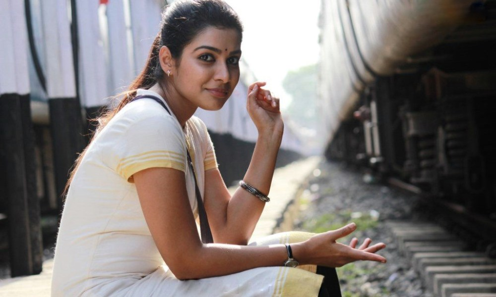 Satna Titus Wiki, Biography, Age, Movies, Family, Images