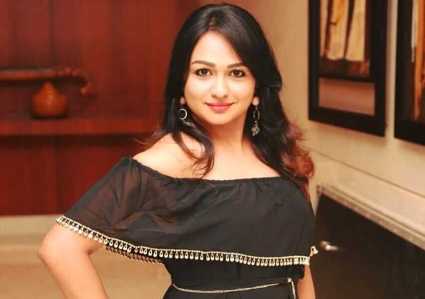 Shantini Theva Wiki, Biography, Age, Movies, Family, Images