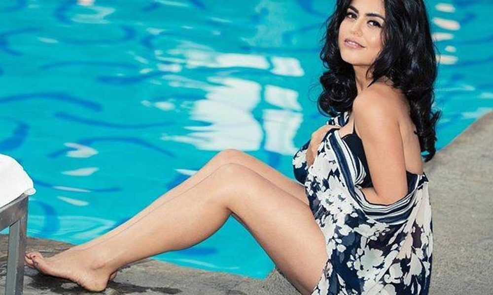 Shenaz Treasury Wiki, Biography, Age, Husband, Movies, Images