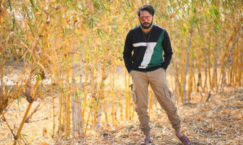 Shine Tom Chacko Wiki, Biography, Age, Movies, Family, Images & More