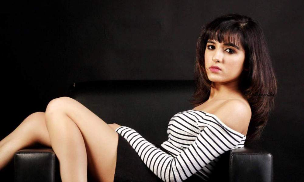 Shirley Setia Wiki, Biography, Age, Songs List, Images