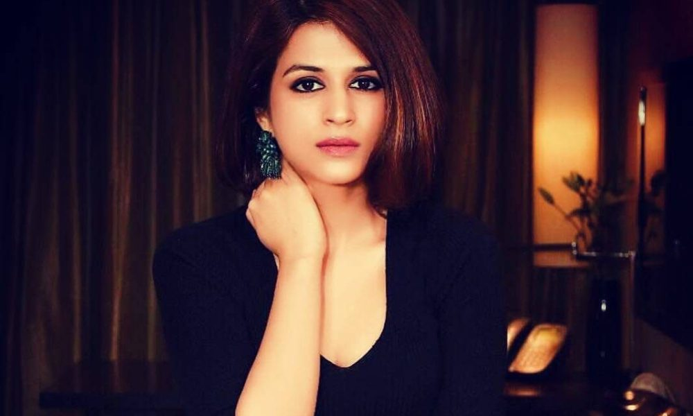 Shraddha Das Wiki, Biography, Age, Family, Movies, Images
