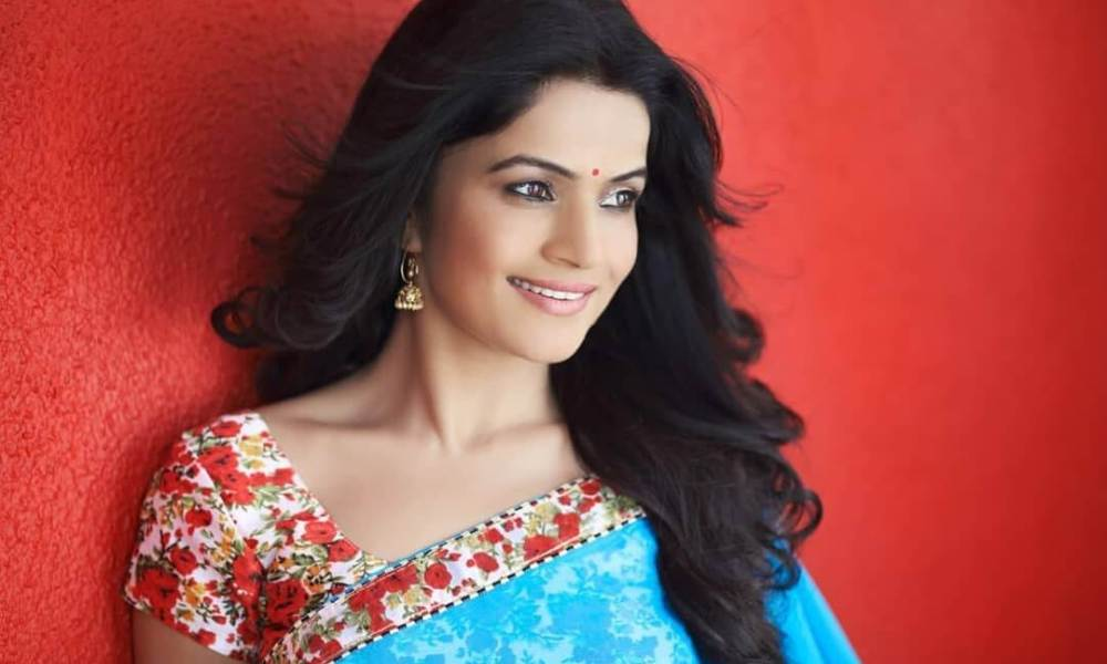 Siya Patil Wiki, Biography, Age, Movies, Family, Images
