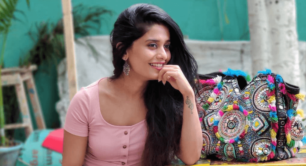 Sonal Devraj Wiki, Biography, Age, Dance Videos, Images & More