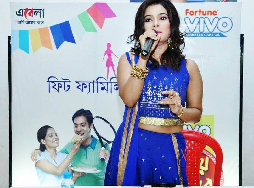 Sonali Chowdhury Wiki, Biography, Age, Movies, Family, Images