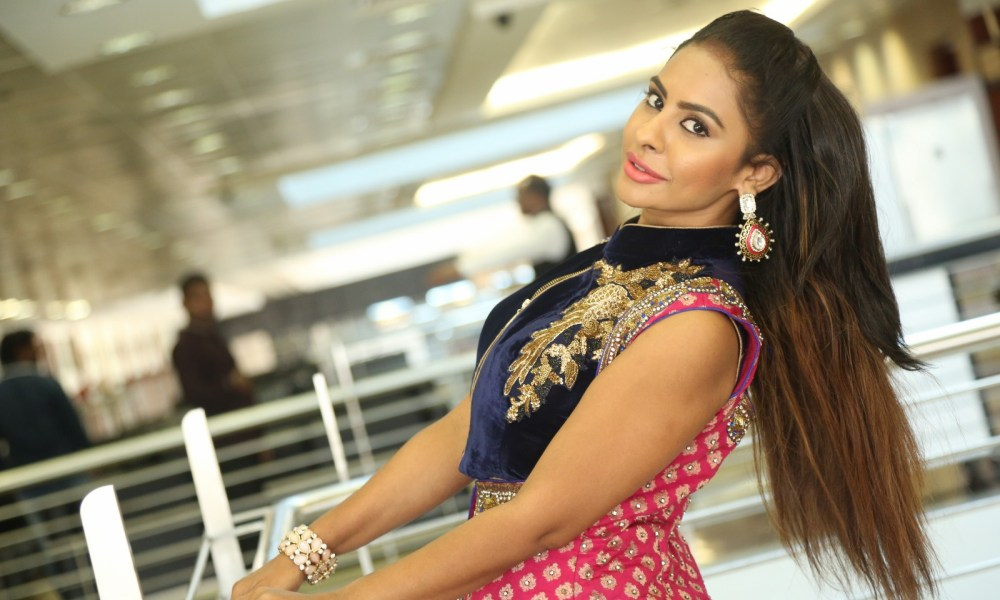 Sri Reddy Wiki, Biography, Age, Height, Movies, Images